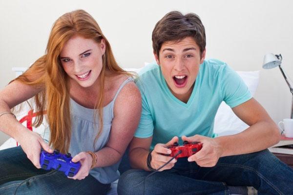 474506-jugar-videojuegos-ayuda-mejorar-conexiones-cerebro